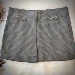 The Limited Drew Fit Black/Brown Plaid Shorts